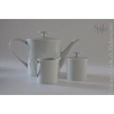Mooie strakke thee/koffie pot met bijpassend melk en suiker kannetje
